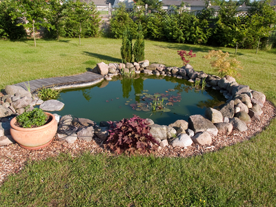 Turn Your Back Yard Into A Summer Vacation Hot Spot