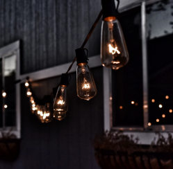 4 Ways to Incorporate Lighting Design in Your Landscaping