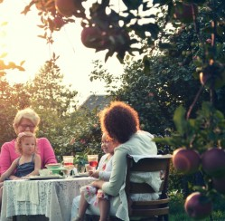How to Get Your Garden Ready for Your Next Family Gathering